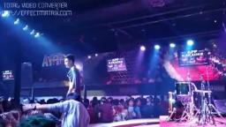 THAI MEN COYOTY DANCE 01