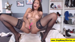 Sexy Thai Girl Squirts